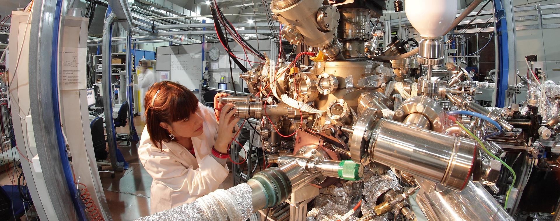 COVID-19: Elettra Sincrotrone Trieste apre una corsia prioritaria ai ricercatori di tutto il mondo per gli studi su SARS-CoV-2