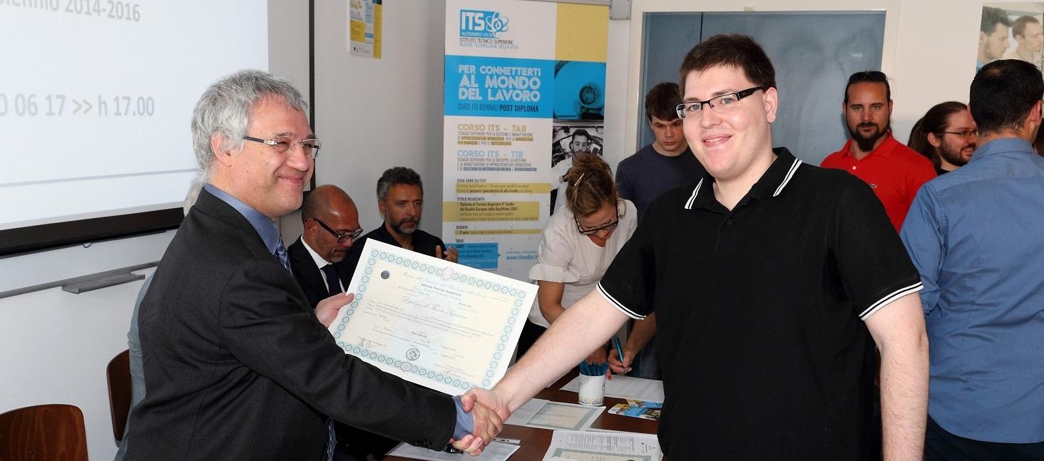 Fondazione ITS A. Volta: consegna dei diplomi e apertura delle preiscrizioni