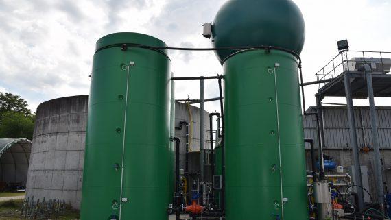 """Biogas: inaugurato Jolly Cow, il microimpianto che """"mima"""" l'apparato digerente dei bovini"""