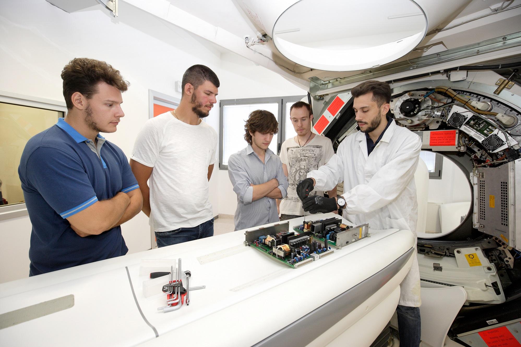 Aperte le preiscrizioni ai corsi di formazione per  tecnici specializzati nel Biomedicale