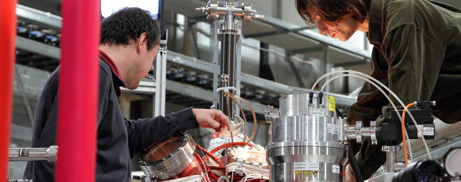Elettra Sincrotrone Trieste ed Eni siglano un accordo  di collaborazione scientifica e tecnologica