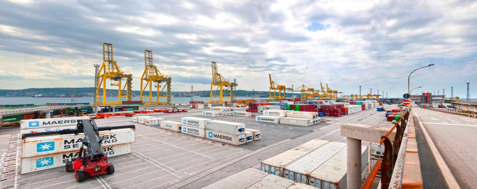 Smart ideas for sustainable and low-carbon ports